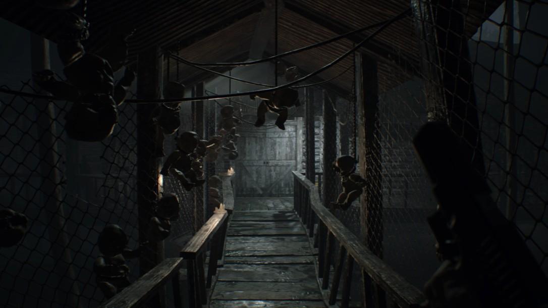 Resident Evil 7 review environment.jpg